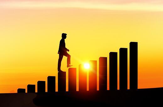 6月网贷行业报告:年中发力,贷款余额破万亿大关